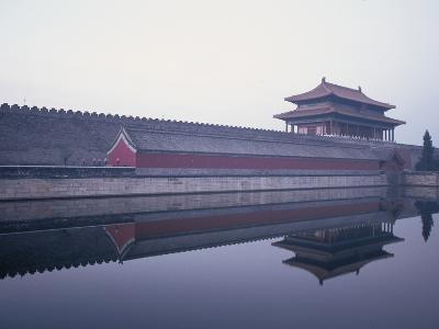 Moat Surrounding Forbidden City-Yang Liu-Photographic Print
