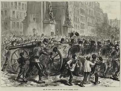 Mob of Paris Carrying Off the Guns of National Guards--Giclee Print