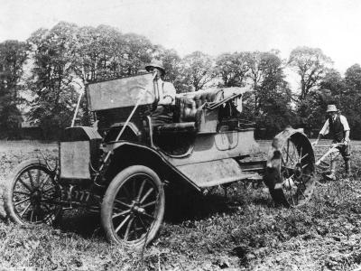 Model T Ford with Stephenson Agricultural Conversion, Sussex, 1917--Giclee Print