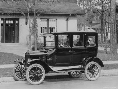 Model T Ford-Three Lions-Photographic Print