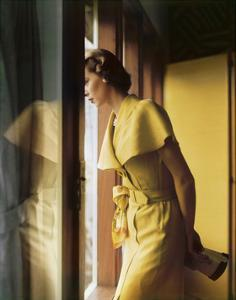 Model Wearing a Gold Cape Collared Tootal Linen Summer Dress