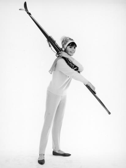 Model with Skis--Photographic Print