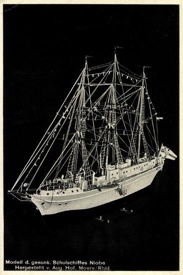 Modell Des Gesunkenen Segelschulschiffes Niobe--Giclee Print