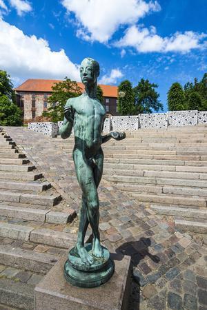 https://imgc.artprintimages.com/img/print/modern-statue-in-kolding-denmark_u-l-q13azii0.jpg?p=0