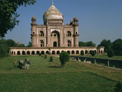 Moghul Tomb Dating from the 18th Century, Delhi, India-Christina Gascoigne-Photographic Print