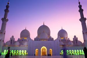 Sheikh Zayed Grand Mosque in Abu Dhabi, United Arab Emirates by Mohamed Kasim Navfal