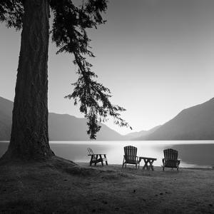 Crescent Lake 1 by Moises Levy