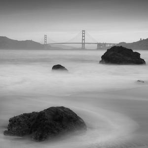 Rocks And Gg 2 by Moises Levy