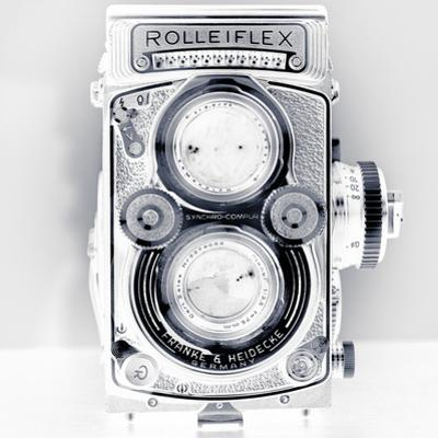 Rolleiflex-Xray by Moises Levy