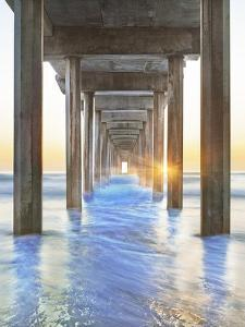 Sea Door 2 by Moises Levy