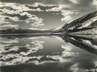 https://imgc.artprintimages.com/img/print/mono-lake-california-1954_u-l-q1g6kwf0.jpg?p=0