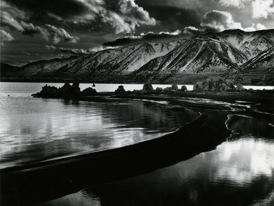https://imgc.artprintimages.com/img/print/mono-lake-california-1958_u-l-q1g6rq90.jpg?p=0