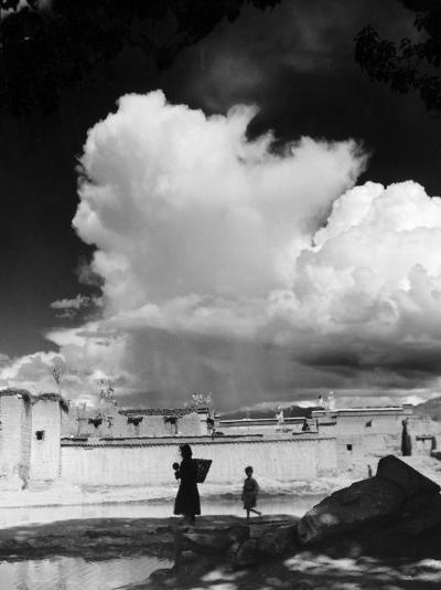 Monsoon Clouds Over the Houses of Gyantse, Tibet--Photographic Print