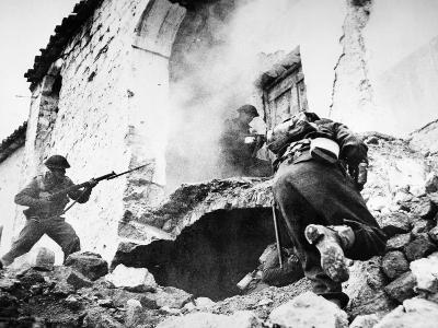 Monte Cassino, 1944--Giclee Print