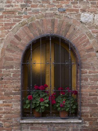 https://imgc.artprintimages.com/img/print/montepulciano-val-d-orcia-siena-province-tuscany-italy_u-l-pxq6ct0.jpg?p=0