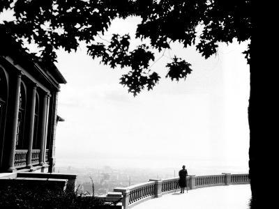Montreal, Canada, 1927-Edward Hungerford-Photographic Print