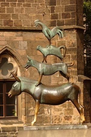 Monument to the Bremen Town Musicians by Gerhard Marcks, 1951