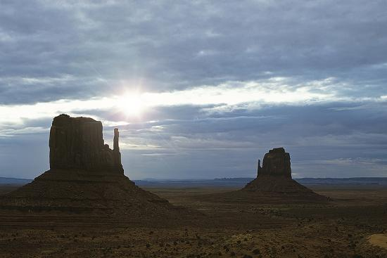 Monument Valley 04-Gordon Semmens-Photographic Print
