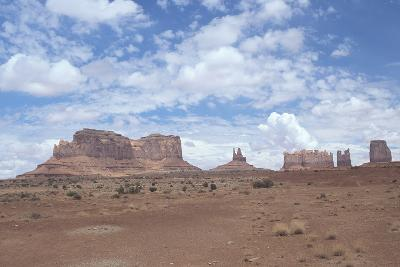Monument Valley 11-Gordon Semmens-Photographic Print