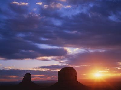 Monument Valley, Arizona, USA-Dennis Flaherty-Photographic Print