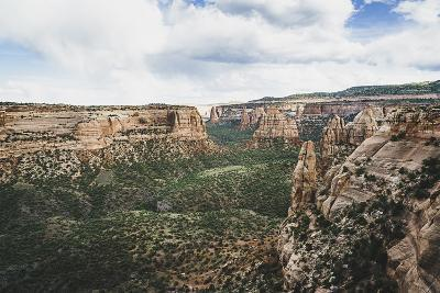Monument Valley From Window Rock, Colorado National Monument-Louis Arevalo-Photographic Print