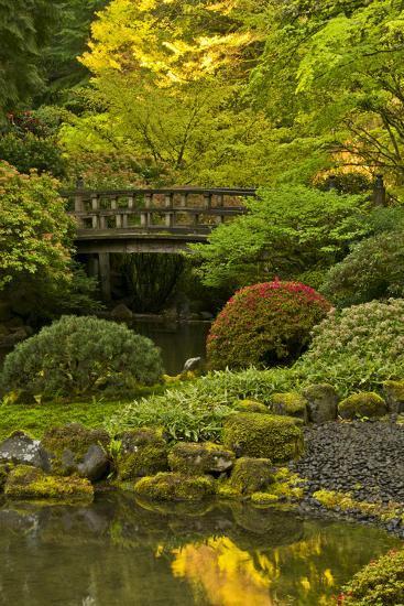Moon Bridge, Spring, Portland Japanese Garden, Portland, Oregon, USA ...