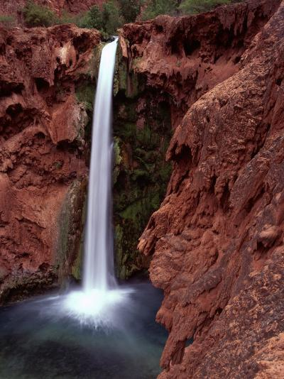 Mooney Falls in Parched Desert of Havasupai Reservation, Havasu Canyon, Arizona, USA-Jerry Ginsberg-Photographic Print