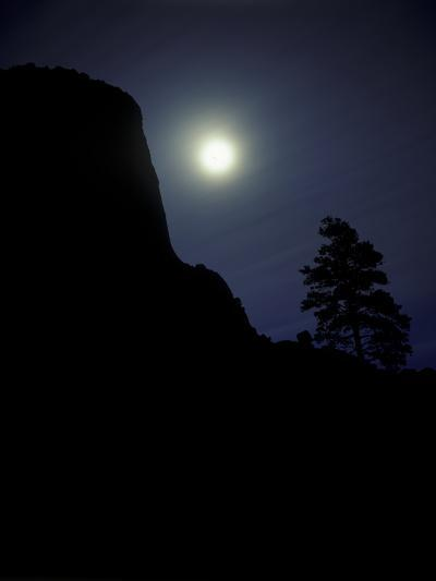Moonrise in Sky over Devil's Tower, Devil's Tower National Monument, Wyoming-Keith Ladzinski-Photographic Print
