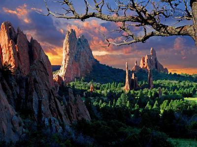 Morning Light at Garden of the Gods-pilgrims49-Photographic Print