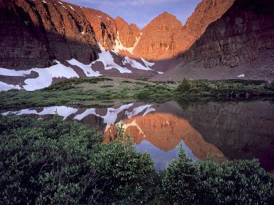 Morning Light on Quartzite Cliffs of Red Castle Peak, High Uintas Wilderness, Utah, Usa-Scott T^ Smith-Photographic Print