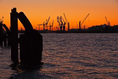Morning on the River Elbe in Hamburg Harbor-Thomas Ebelt-Photographic Print