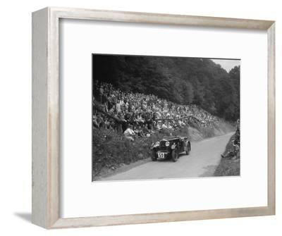 Morris special of Barbara Skinner at the MAC Shelsley Walsh Hill Climb, Worcestershire, 1932-Bill Brunell-Framed Photographic Print