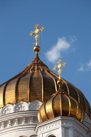 https://imgc.artprintimages.com/img/print/moscow-cathedral-of-christ-the-saviour-detail-golden-dome_u-l-q11w5ye0.jpg?p=0