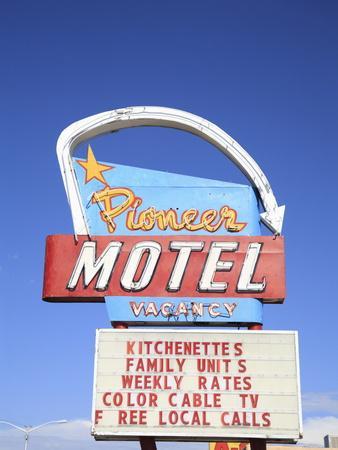 https://imgc.artprintimages.com/img/print/motel-route-66-albuquerque-new-mexico-united-states-of-america-north-america_u-l-pfms1l0.jpg?p=0