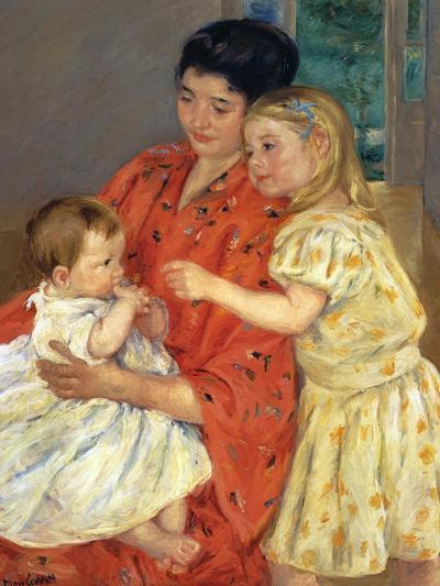 Mother and Sarah with the Baby, 1901-Mary Cassatt-Giclee Print