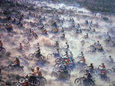 https://imgc.artprintimages.com/img/print/motorcyclists-racing-75-miles-cross-country-through-mojave-desert_u-l-p3o0l10.jpg?p=0