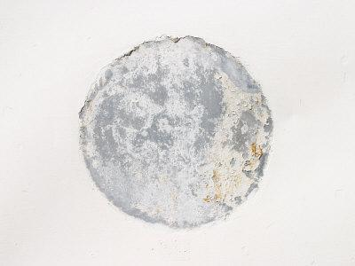 https://imgc.artprintimages.com/img/print/mottled-weathered-cement-circle-on-white-background_u-l-q10x5zj0.jpg?p=0