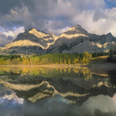 Mount Kidd, Kananaskis Country, Alberta-Tim Fitzharris-Photographic Print