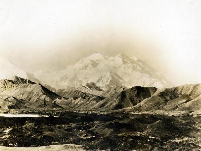 Mount McKinley, 20,300 Ft., 1924-Asahel Curtis-Giclee Print