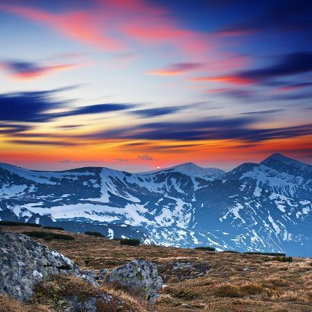 mountain-sunset-landscape