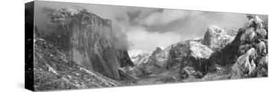 Mountains and Waterfall in Snow, Tunnel View, El Capitan, Half Dome, Bridal Veil