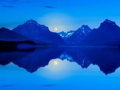 https://imgc.artprintimages.com/img/print/mountainscape-photograph-ii_u-l-q1gwbm80.jpg?p=0