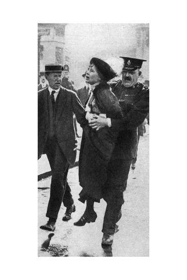 Mrs Pankhurst, Arrested Outside Buckingham Palace, London, 1914--Giclee Print
