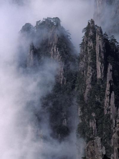 Mt. Huangshan (Yellow Mountain) in Mist, China-Keren Su-Photographic Print