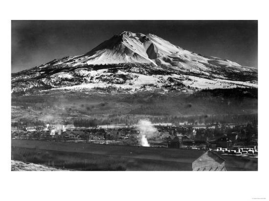 Mt. Shasta View from City - Weed, CA-Lantern Press-Art Print
