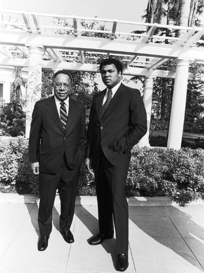 Muhammad Ali and Alex Haley - 1979-Isaac Sutton-Photographic Print