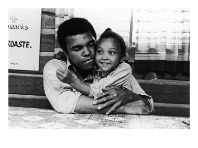 Muhammad Ali; Maryum Ali - 1974-Leroy Patton-Photographic Print