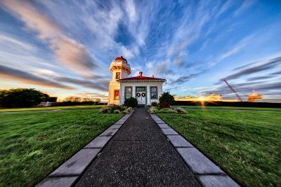 Mukilteo Lighthouse and Ferry, Washington-Michael Riffle-Photographic Print