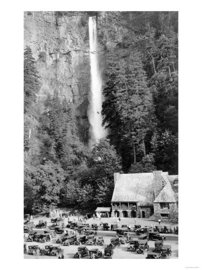 Multnomah Falls, Oregon - Exterior View of the Lodge and Falls, Parking Lot Filled-Lantern Press-Art Print
