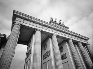 Brandenburg Gate by Murat Taner